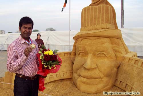 Sudarsan Pattnaik from orissa won Gold medal for People's Choice prize at 2nd Moscow World sand sculpture championship 2010