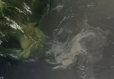Oil Slick in the Gulf of Mexico May 17th View - Photo : NASA Goddard Photo and Video