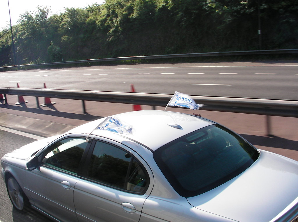 Wembley-Blackpool v Cardiff-Supporters on M4