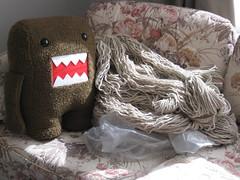 Domo and the Yarn