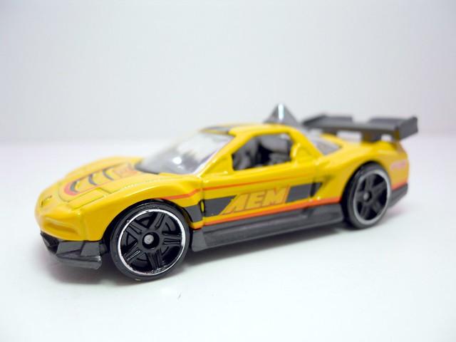 hot wheels Acura nsx yELLOW (2)