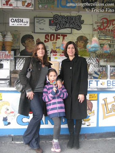 Paul's Daughters: Tina and Valerie Georgoulakos with Tina's daughter Natalie.  November 6, 2010. Photo © Tricia Vita/me-myself-i via flickr