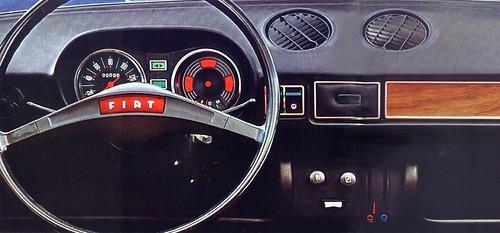 Fiat 128 cruscotto