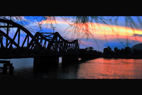 The old bridge of Kampot