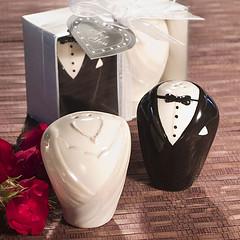 4458220594 6246eedd6e m Baú de ideias: Decoração de casamento preto e branco