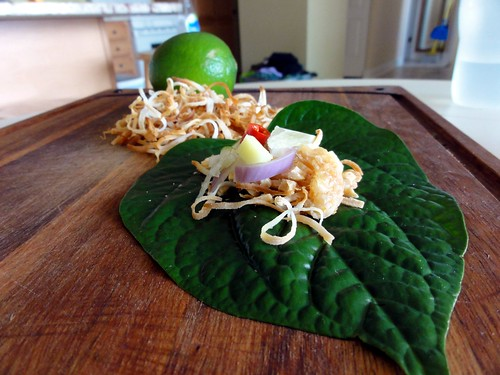 Miang Kham (Wild Betel Leaf Wraps)