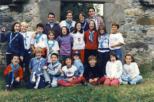 Àlbum Curs 1997-98, colònies i campaments a Sales de Llierca'98 i camp de treball de Joves a Camarasa'98