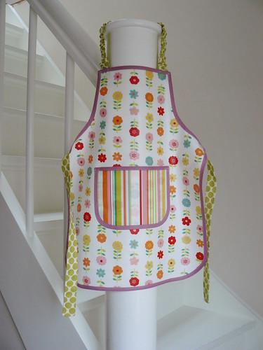 Oilcloth apron for Frida