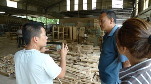 donny vu meets with long island furniture manufacturer