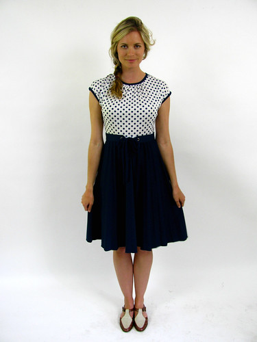 VINTAGE 60's POLKA DOT PLEATED DRESS