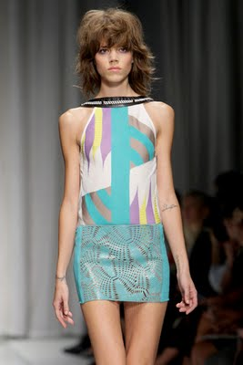 Versace+Spring+2010+Collection+15