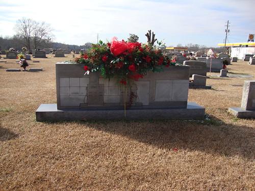 Fuel Pump Monument, Guin City Cemetery, Guin AL