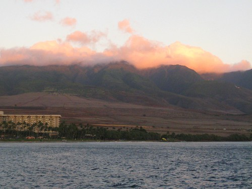 clouds on the west maui mountains