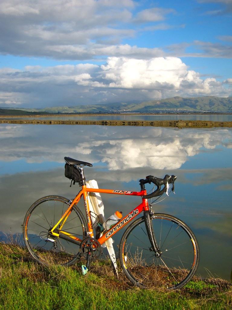 Pose(r) Bike