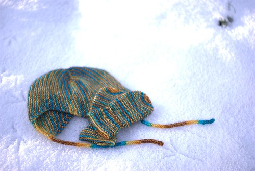 Scandinavian baby hat & mittens