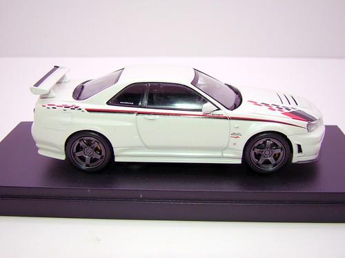 kyosho Z Tune Skyline GT-R R34 (6)