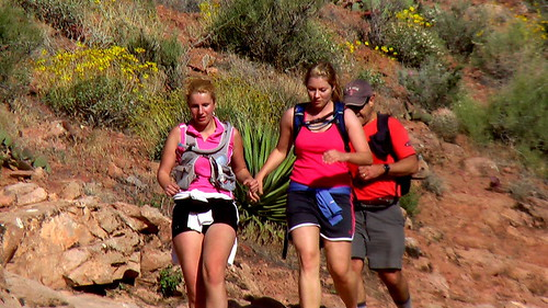 trail runners in the Grand Canyon