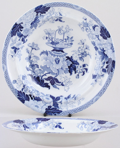 blue and white_wedgwood basket and flowers c1825