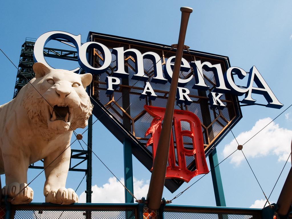 Comerica Park, Entrada Lateral - Detroit
