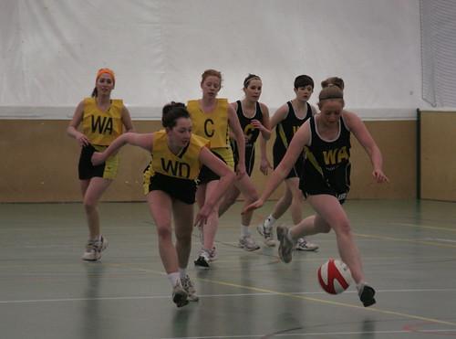 Netball v Sheffield - Peter Iveson - 24/2/10 - IMG_0032