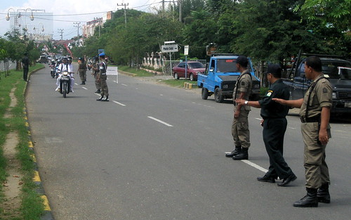 WH Checkpoint at Simpang Mesra, Banda Aceh. 4 May 2010 *