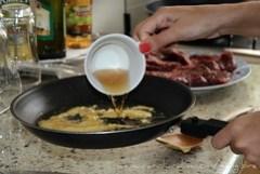 61. Molho de mostarda com queijo