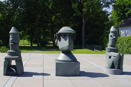 Max Ernst var tydeligvis også opphavet til Pompel og Pilt og Gordon vaktmester