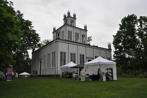 Angled view of Sharon Temple
