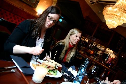 Monica og Marthe