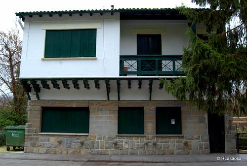 """Albergue de peregrinos del Camino de Santiago """"Casa Paderborn"""", en la calle Playa de Caparroso de Pamplona"""