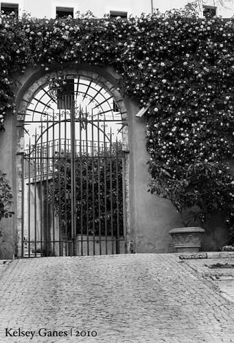 Villa d'Este - Gate