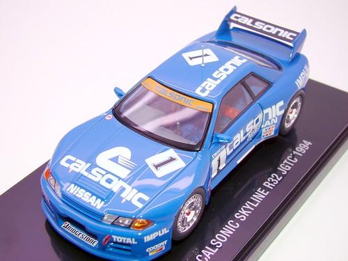 EBBRO CALSONIC SKYLINE R32 JGTC 1994 (4)