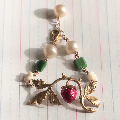 Strawberry garden bracelet
