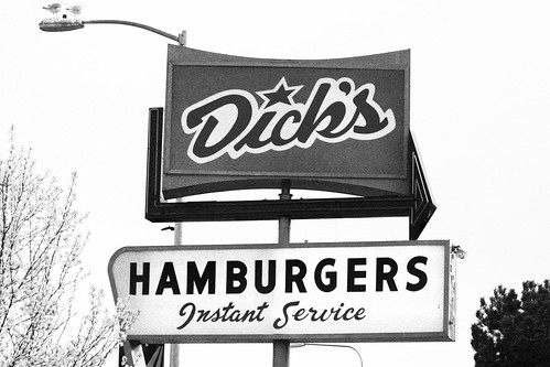DicksDriveIn_B&W