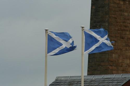 20090919 Edinburgh 10 South Queensferry 53 Scotland Flags
