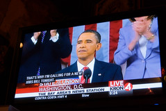 Watching Obama deliver the State of the Union address at Tommy's Joynt in San Francisco