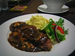 Steak with Mushroom-Wine Sauce (78/365)