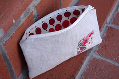 Linen-Red Pouch inside