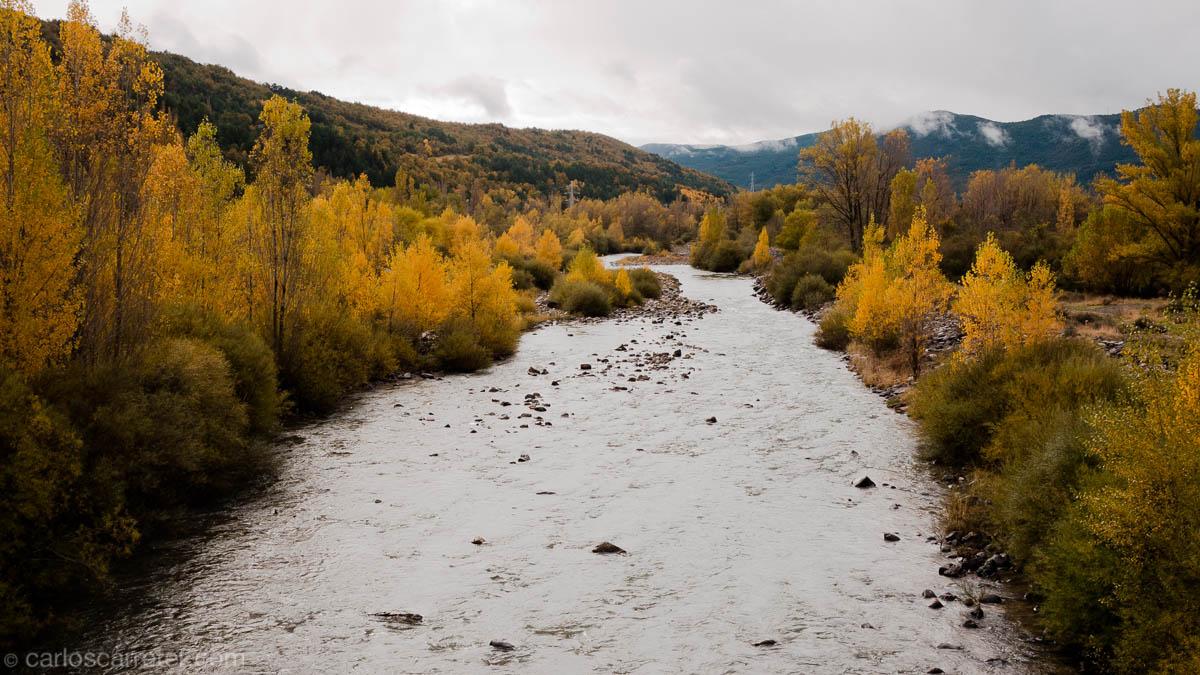 Río Aragón en Villanúa