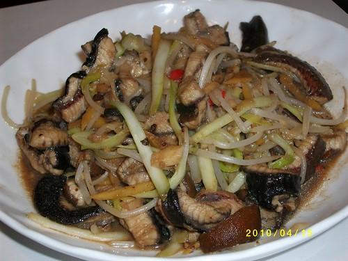 韮黃銀芽炒鱔片