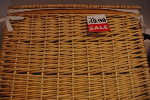 Sale basket in Shenzhen