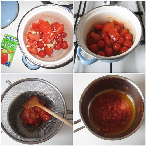 Making tomato paste in 4 steps, under 10 minutes