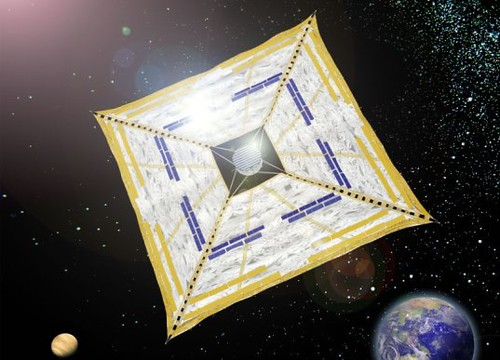 Japanese Spacecraft Ikaros Deploys it Solar Sail