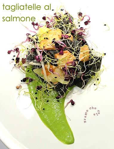 Tagliatelle al Salmone
