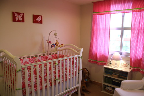 Blythe Room Crib