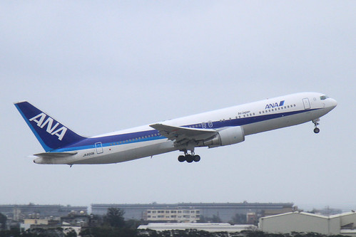 ANA B767-300ER(JA603A)