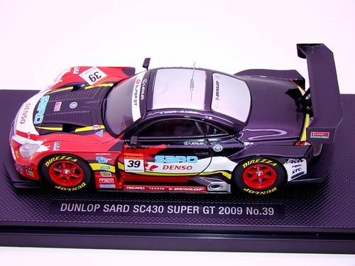 EBBRO DUNLOP SARD SC430 SUPER GT 2009 NO (2)