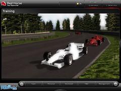 A única animação com carros durante a corrida, e sem muito detalhes