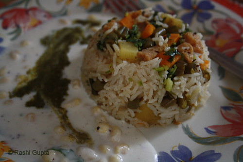 Pulao served with Boondi Raita and Chutney