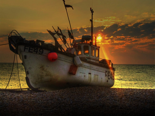 Dungeness boat 2 by jonny.andrews65